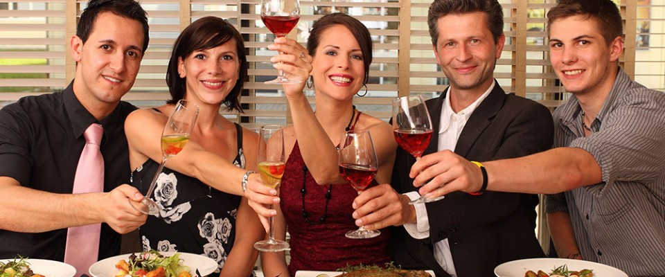 Dinner dating for singles